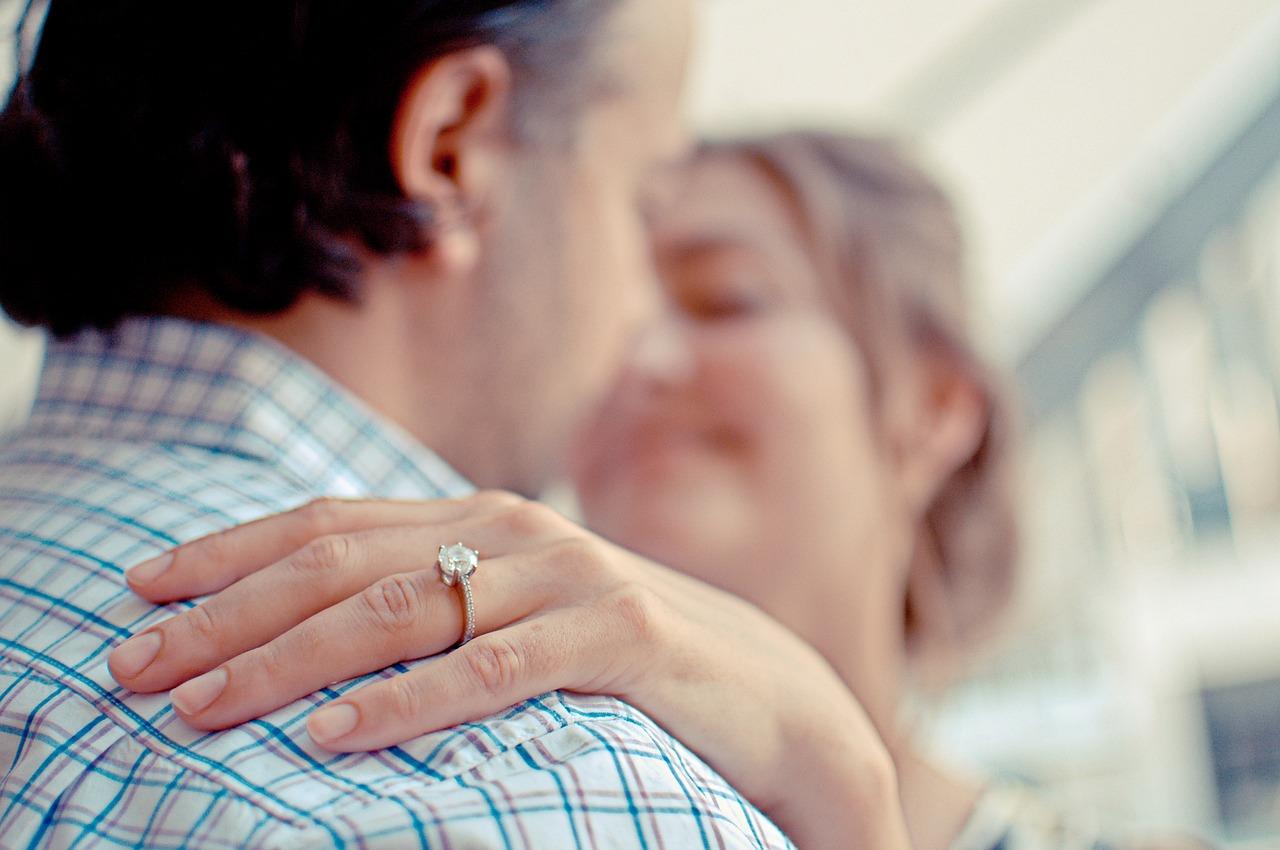 Почему фраза «все девушки хотят удачно выйти замуж» уже не работает
