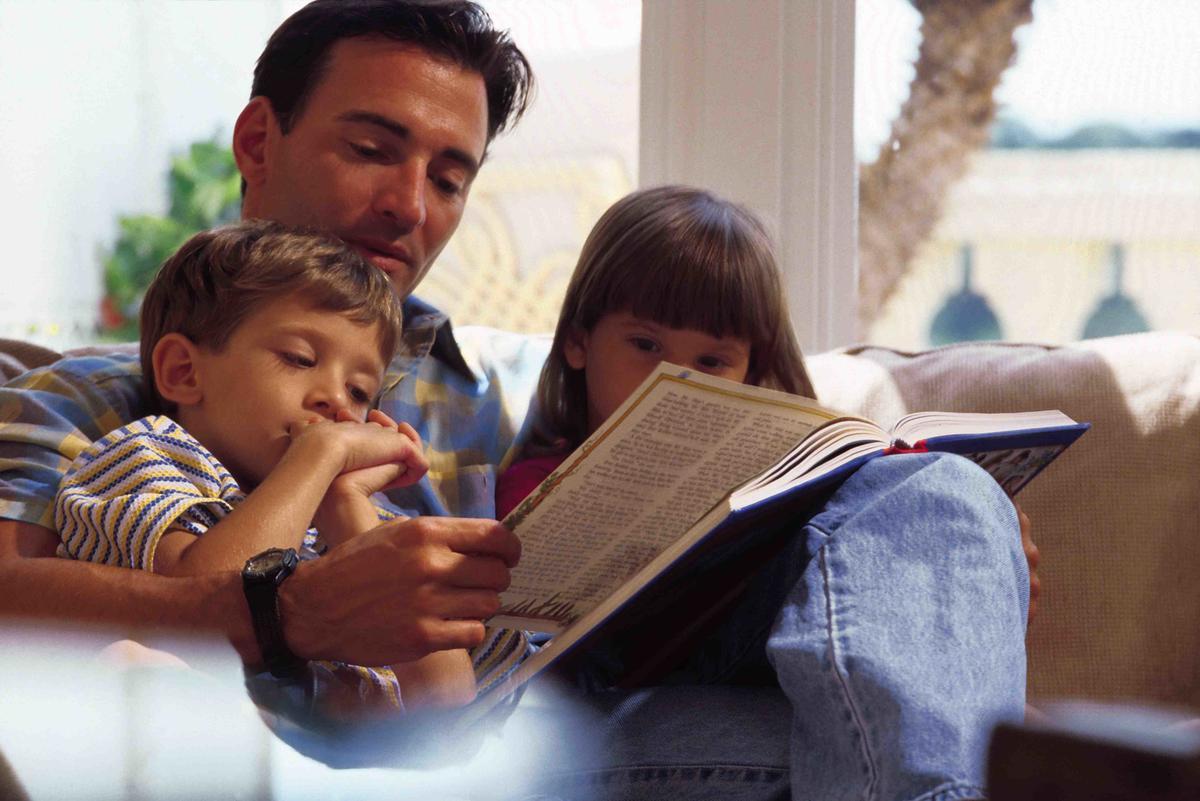 Отец общаться с детьми из прошлых отношений