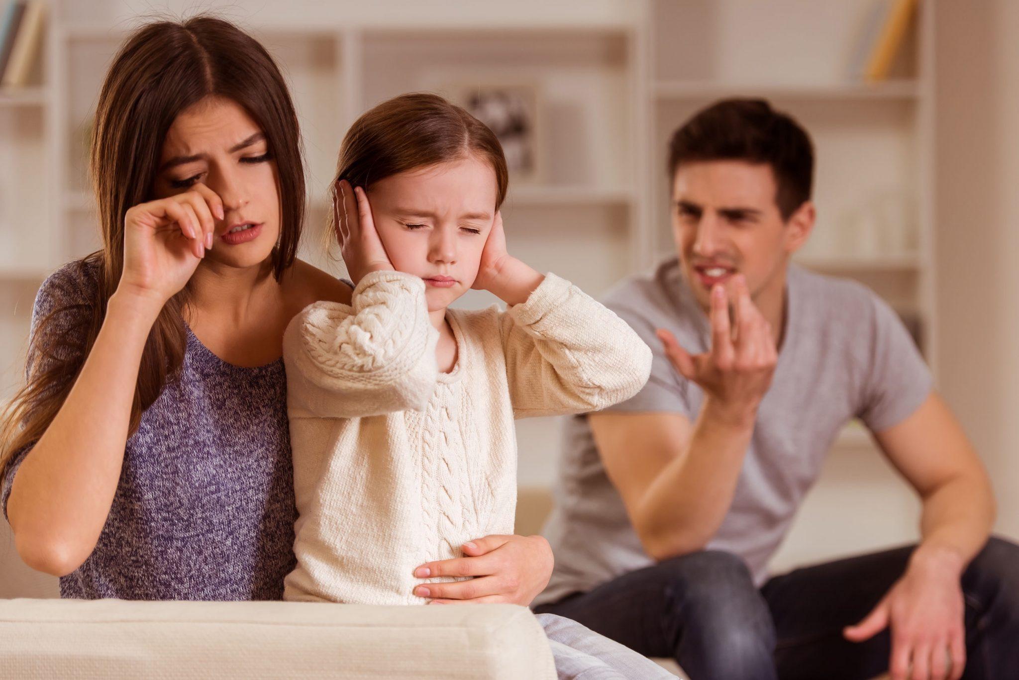ревную мужа к дочери